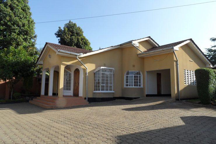 4 houses Njiro Tanesco